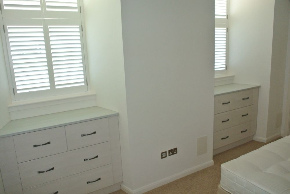 bedroom-snowlarch