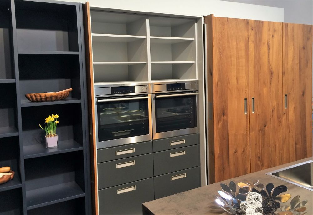 Spinfront pocket Doors in Modern Kitchen