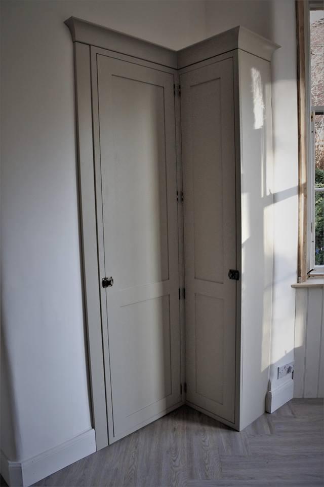 glasgow-bespoke-kitchens-corner-cupboard