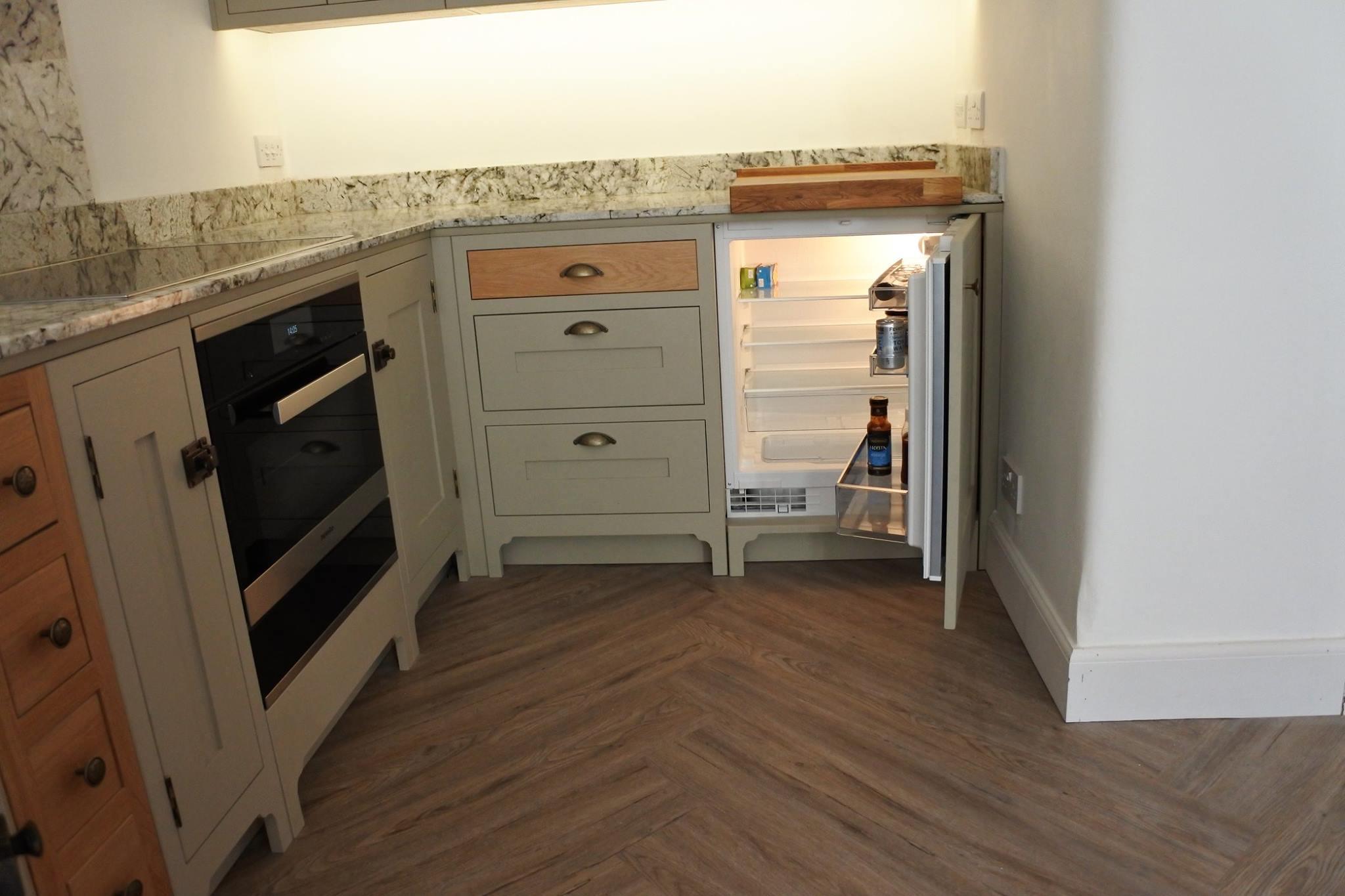 glasgow-bespoke-kitchens-fridge
