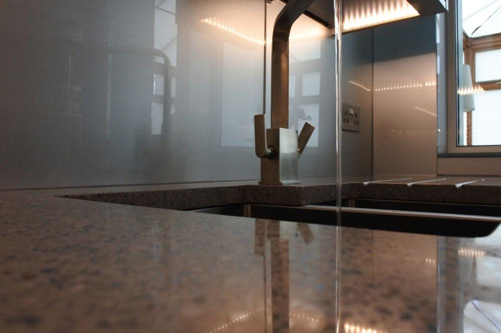 Rangemaster tap with silestone chrome