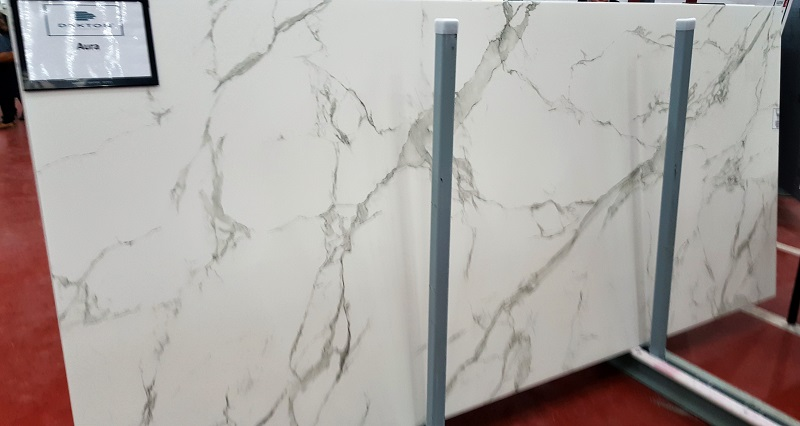"Dekton ""Aura"" in full slab"