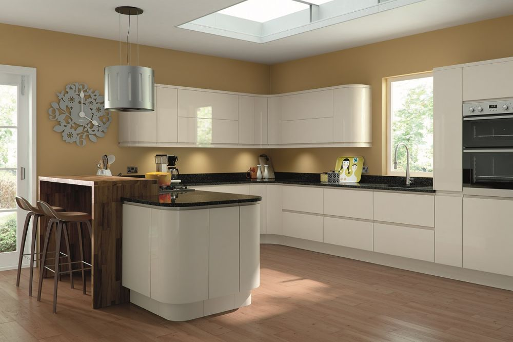 lacarre-gloss-cream-kitchen-giffnock