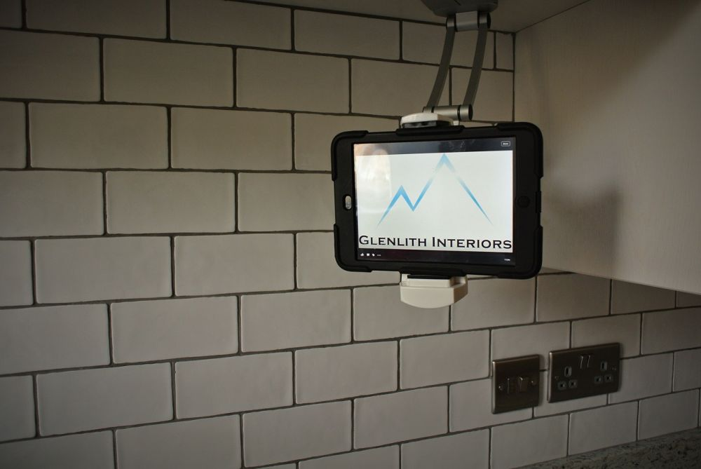 ipad-holder-in-kitchen-glasgow