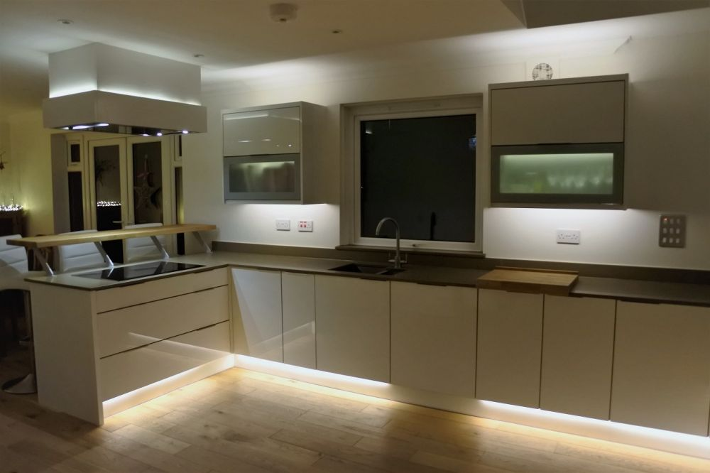 Zurfiz High gloss with Toffe Silestone