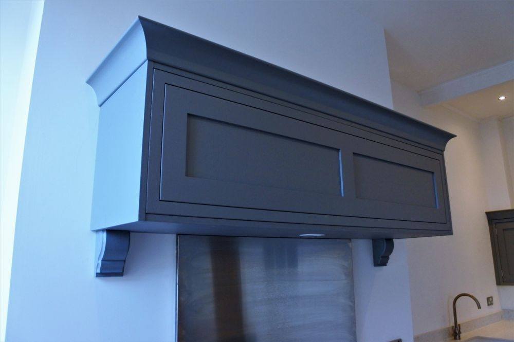 bespoke-floating-mantle-with-corbels-glasgow