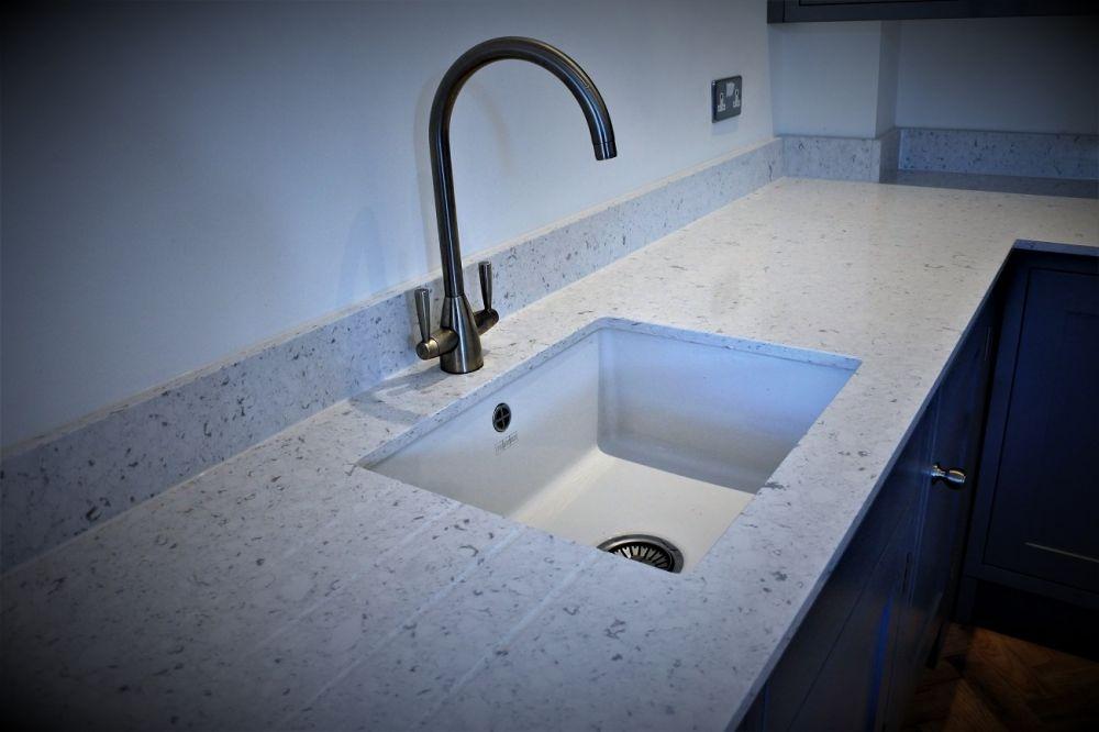 franke-mixer-tap-with-ceramic-undermount-bowl