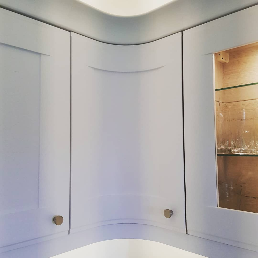 Bespoke kitchen Curved Door | Newton Mearns