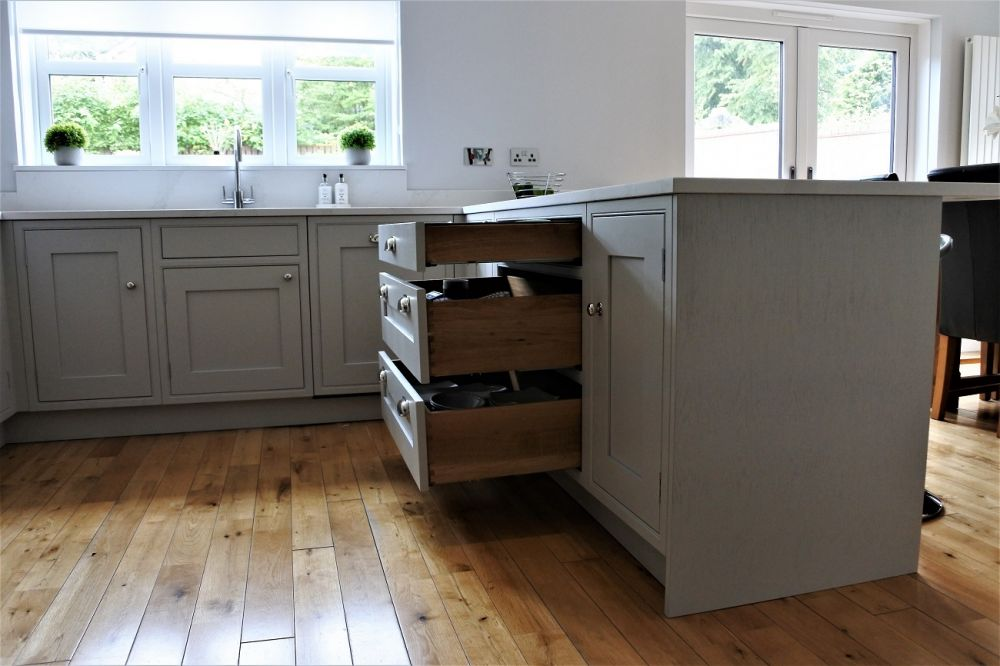 Oak dovetail drawers with Inframe kitchen
