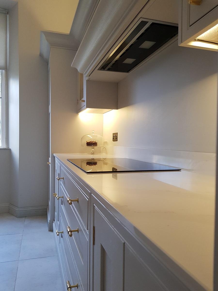 Arundel inframe kitchen. calacatta-gold