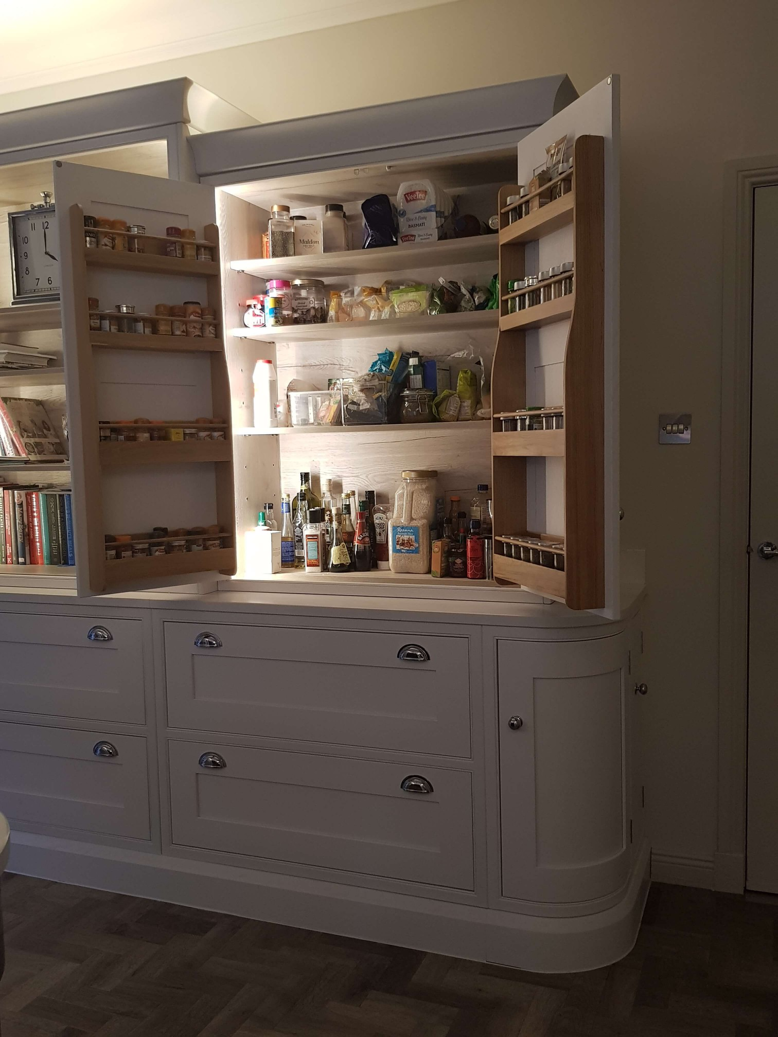Bespoke Inframe Kitchen Storage Glasgow
