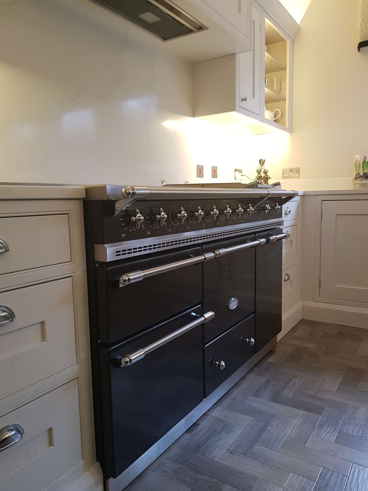 Bespoke Inframe Kitchen Range Cooker Glasgow