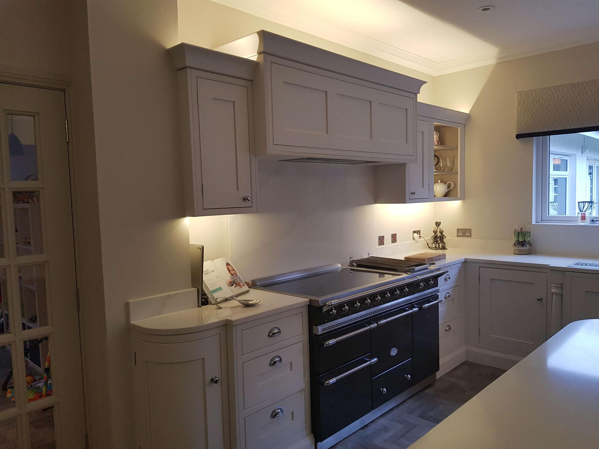 Bespoke Inframe Kitchen Range and hood