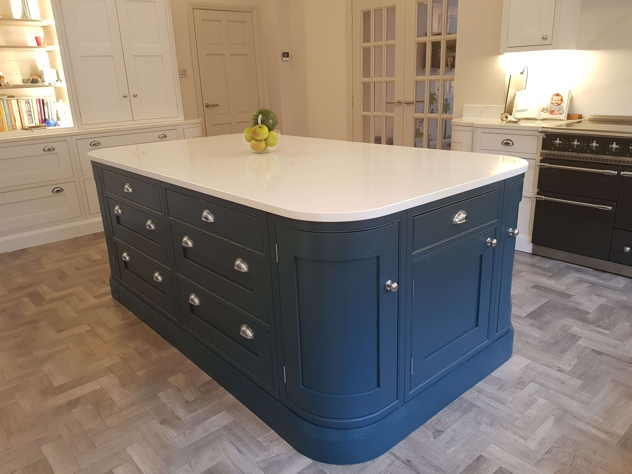 Bespoke Inframe Kitchen Quality Island Glasgow