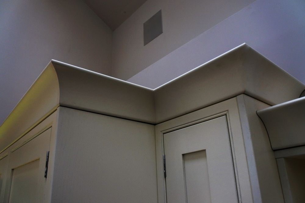 Crown cornice mitered to perfection