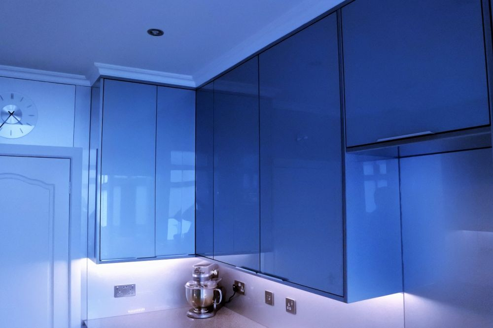 Zurfiz Metallic Blue with Chrome Silestone Worksurface, Glasgow, Giffnock, G46