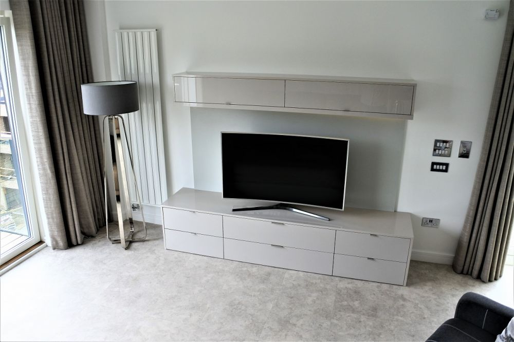 Bespoke Media Unit Glasgow West End